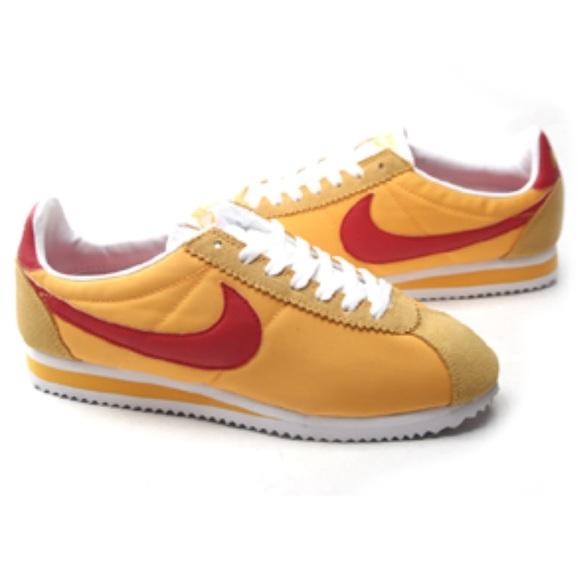 get cheap 36570 5deff Nike Classic Cortez Nylon University Gold Red. M 5c78f2e36a0bb71b0bc5571e